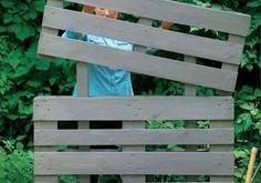 10 DIY Cheap Garden Fencing Projects