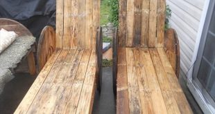 DIY Pallet Outdoor Lounge Chairs – Made to Last!!