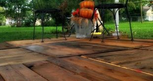 Floating deck made from pallets .....maybe an idea
