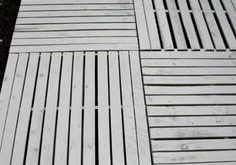 How to Build a Wood Pallet Deck : Outdoor Space   Details on HoosierHomemade.com...