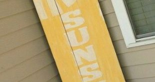 Hello sunshine front porch sign, pallet wood