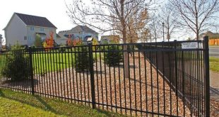 12+ Awesome Garden Fencing Yards Ideas
