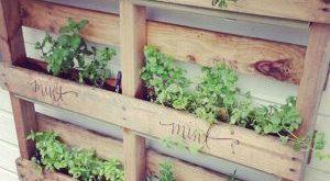 25 Einfache DIY-Pläne und Ideen für die Herstellung eines Holzpaletten-Pflanzg...