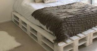 55 Best DIY Pallet Bedroom Design Ideas