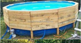 In Ihrem Haus können Sie einen kleinen Teil der Holzpalette für Ihr Schwimmbecken