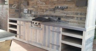 Outdoor Kitchen Made From Repurposed Pallets