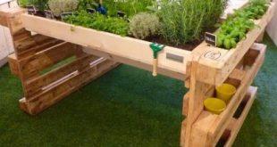 Pallet ideas for BBQ area #herbgarden