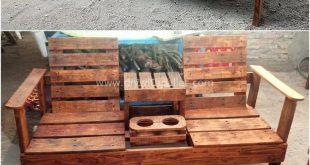 Schauen Sie sich den herrlichen Glanz dieser nützlichen Holzpalettenstuhl-Idee an
